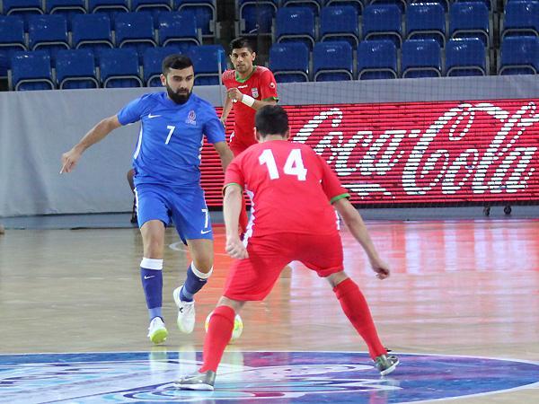 Azərbaycan 2:2 İran -